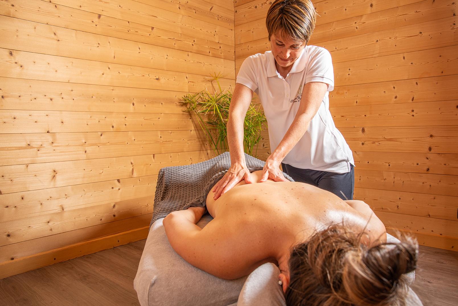 Mélanie Suédo Massage : massage pour soulager et détendre muscles ou articulations