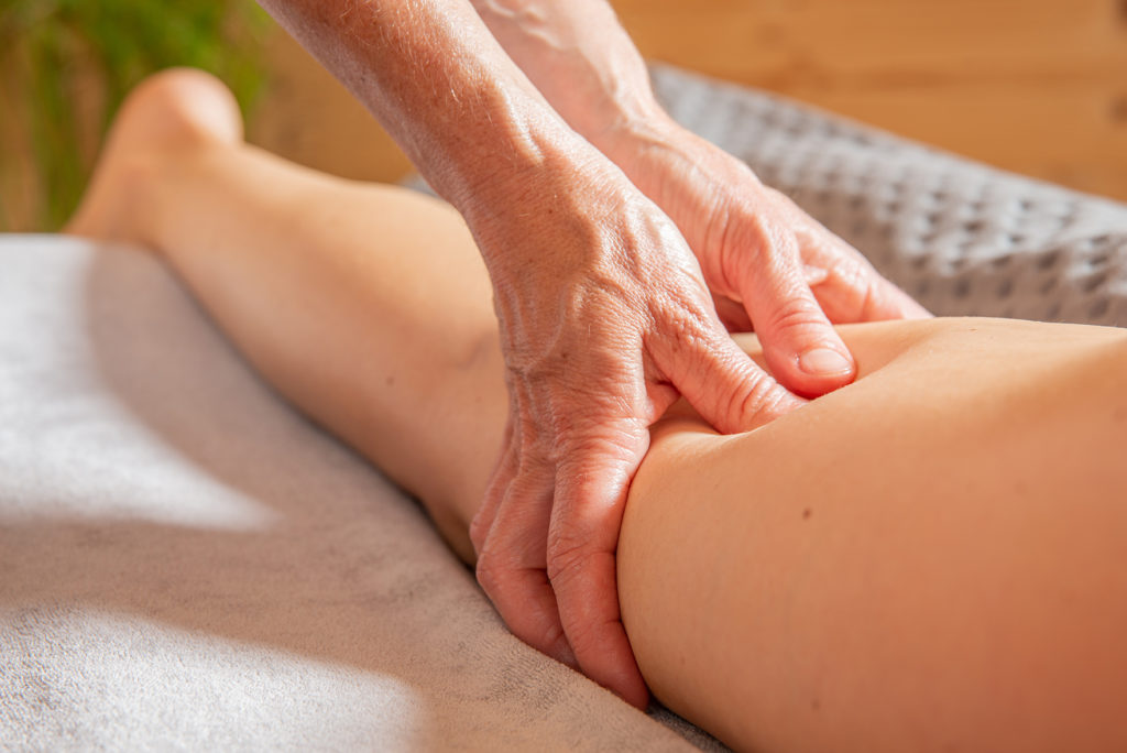 Massage musculaire bras, jambe, dos
